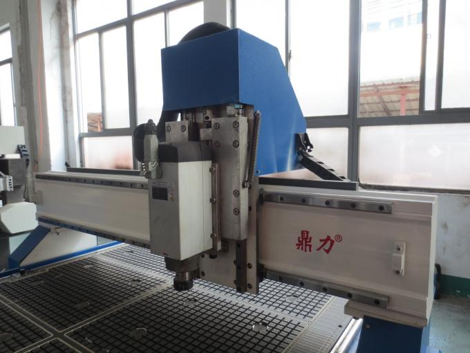 Steel Tube Welded Standard Cnc Wood Router With Air Cooled Vacuum Table