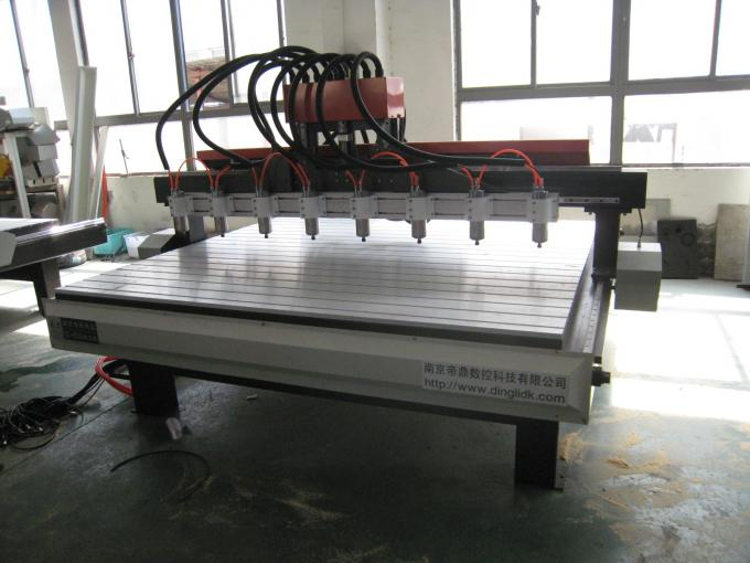 NC Studio Control Multi Spindle Cnc Router Cutting For Furniture Industry